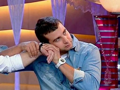 мужские наручные часы белого цвета