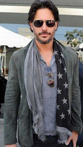 цвет мужского шарфа