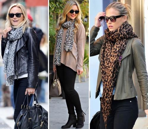 Леопардовый шарф с одеждой в нейтральных тонах