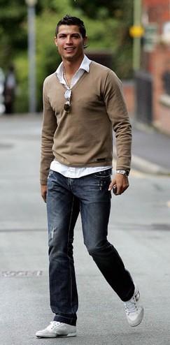 пуловер с рубашкой